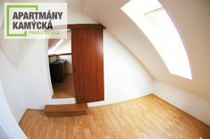 byt_podkrovi_kamycka_003